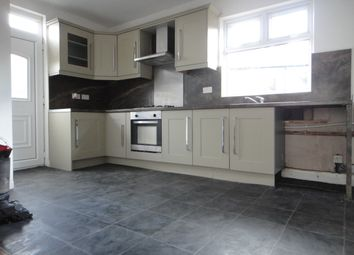 Thumbnail 2 bed shared accommodation to rent in Yarwood Grove, Bradford