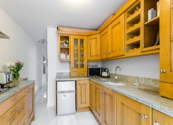 2 bed property for sale in Perth Road, Wood Green, London N22