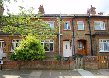 4 bed property to rent in Manor Grove, Richmond TW9