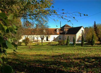 Thumbnail 5 bed farmhouse for sale in Pays De La Loire, Sarthe, Pontvallain
