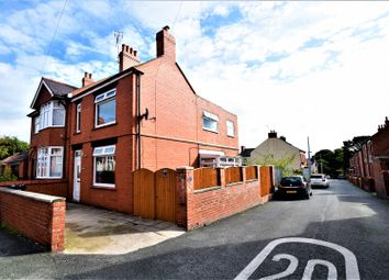 Thumbnail 2 bedroom detached house for sale in New Street, Wrexham