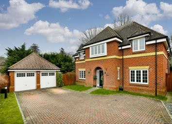 Thumbnail 5 bed property for sale in Killowen Close, Tadworth