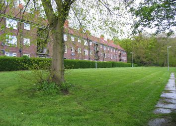 Thumbnail 2 bed flat to rent in Lingfield Grove, Leeds