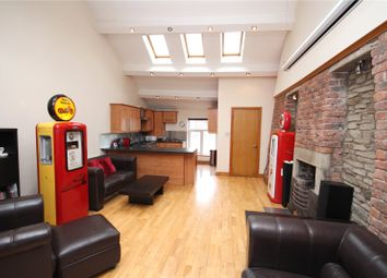 Thumbnail 2 bedroom flat to rent in Dale Street, Milnrow, Rochdale, Greater Manchester