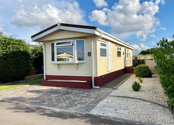 2 bed mobile/park home for sale in Tollerton Lane, Tollerton, Nottingham NG12