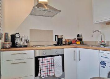 Thumbnail Flat to rent in Godson Road, Croydon