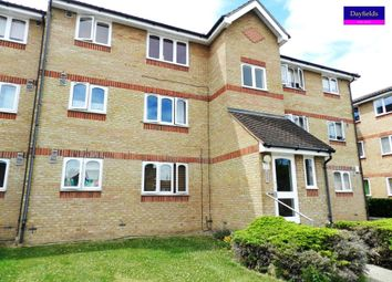1 bed flat to rent in Waddington Close, Enfield EN1
