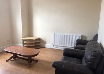 Thumbnail 3 bed flat to rent in Kingsley Road, Liverpool