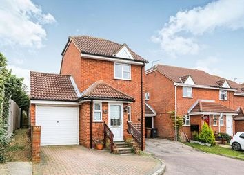 Thumbnail 2 bed detached house to rent in Conifer Walk, Stevenage
