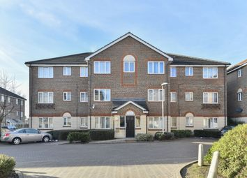 Thumbnail 2 bedroom flat for sale in Quarles Park Road, Chadwell Heath, Romford