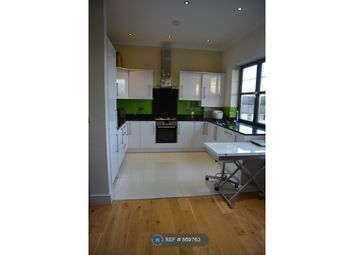 Thumbnail 2 bed flat to rent in Orchard Road, Brentford