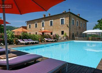 Thumbnail 13 bed villa for sale in Urbino, Marche, It