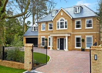 Thumbnail 5 bed property to rent in Adelaide Road, Walton On Thames, Surrey