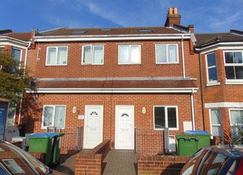 Thumbnail 2 bed flat to rent in Queens Road, Shirley, Southampton