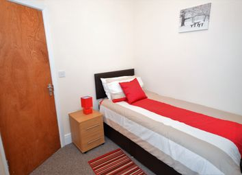 Thumbnail 5 bedroom shared accommodation to rent in Waterloo Road, Hanley