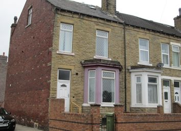 Thumbnail 4 bedroom shared accommodation to rent in Lawfield Lane, Wakefield