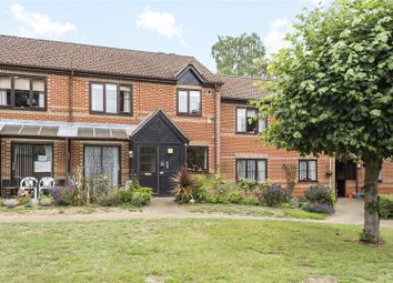 Copenhagen Walk, Crowthorne, Berkshire RG45. 2 bed property