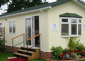 Thumbnail 1 bed mobile/park home for sale in Mawgan Helston, Cornwall