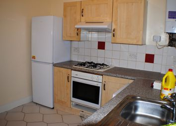 Thumbnail 2 bedroom flat to rent in Courthill Road, London