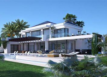 Thumbnail 5 bed terraced house for sale in Estepona, Estepona, Malaga, Spain