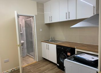 Thumbnail 2 bed flat to rent in North Street, Bourne