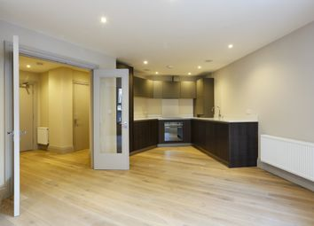 Thumbnail 2 bed flat to rent in Flat 7, 34-40 The Quadrant, Richmond