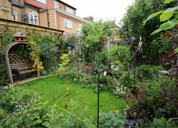 Thumbnail 1 bed flat to rent in Forest Drive West, London