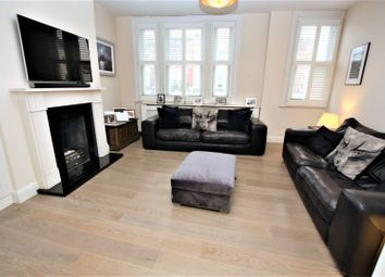 2 bed maisonette for sale in Lavender Hill, Battersea SW11