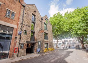 Thumbnail 2 bed property to rent in The Harris Lofts, Narrow Quay