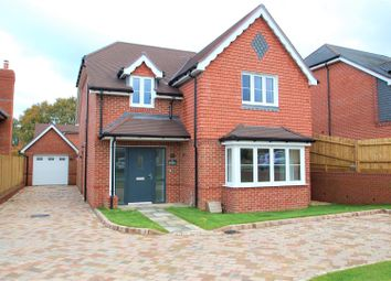 Thumbnail 4 bed detached house to rent in Highfield Gardens, Liss