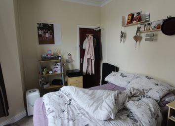 Thumbnail Room to rent in 20 Lisvane Street, Cathays, Cardiff