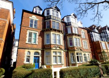 Thumbnail 3 bedroom flat for sale in Earls Avenue, Folkestone