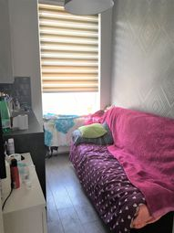 Thumbnail Studio to rent in Alfred Road, Acton, London