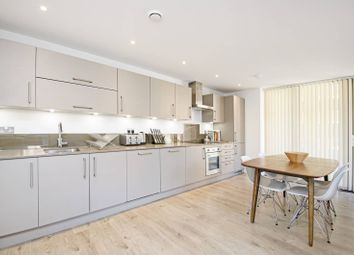 Thumbnail 3 bedroom flat for sale in Grove House, Hackney