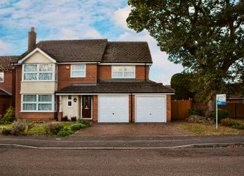 Thumbnail 5 bedroom detached house to rent in Chatteris Way, Lower Earley, Reading