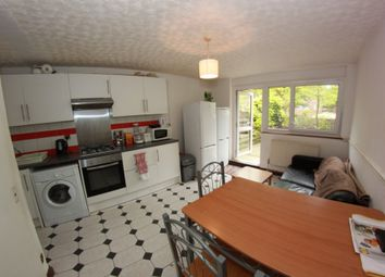 Thumbnail 5 bed flat to rent in Rhodeswell Road, London