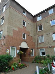 Thumbnail 1 bed flat to rent in Cedar Road, Sutton
