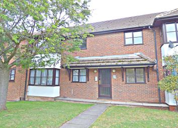 Thumbnail 1 bed flat to rent in Eaton Avenue, High Wycombe