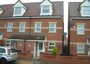 Thumbnail 3 bed town house to rent in Junction Road, Stainforth
