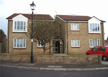 Thumbnail 1 bed flat to rent in Tresco Spinney, Yeovil