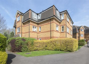 Thumbnail 2 bed flat to rent in Buckleigh House, Chaucer Way, Wimbledon