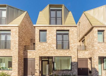 Thumbnail 3 bed property to rent in Florey Terrace, Cambridge