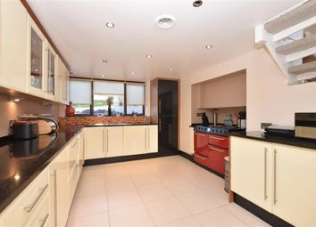 Thumbnail 4 bed detached house for sale in Drift Road, Fareham, Hampshire