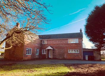 Thumbnail 4 bedroom farmhouse to rent in Grainsby Lane, Grainsby, Grimsby