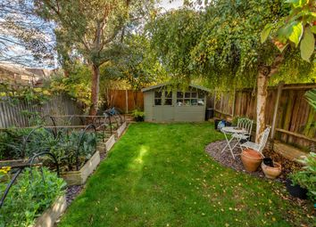 Thumbnail 4 bed property to rent in Thornlaw Road, London