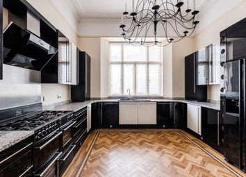 Thumbnail 3 bed flat to rent in Hyde Park Square, London