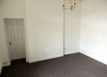 Thumbnail 1 bed flat to rent in Arcade Road, Ilfracombe