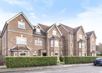 2 bed flat for sale in St. Francis Close, Crowthorne RG45