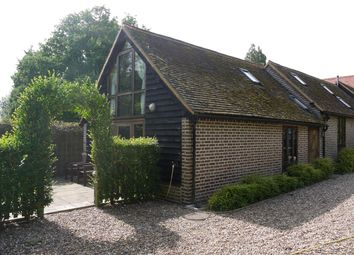 Thumbnail 1 bed barn conversion to rent in Hempstead Road, Bovingdon