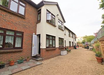 Down Hall Road, Rayleigh SS6. 1 bed flat